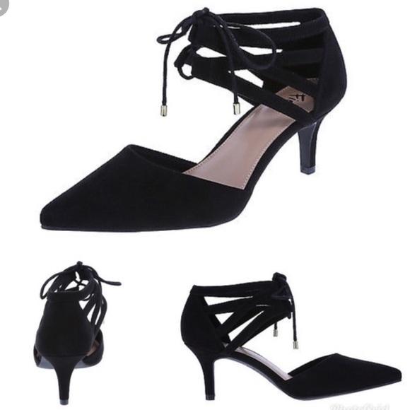 FIONI Clothing Shoes - NWT • fioni black tie heels
